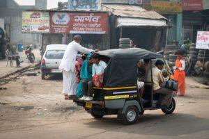 Earthquake aftershocks felt in Agra, India